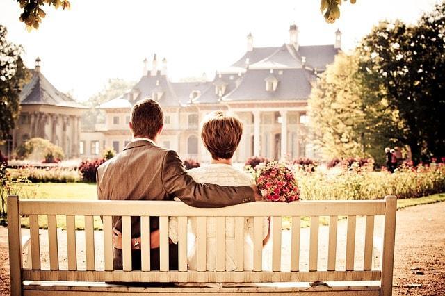 couple-bride-love-wedding-bench